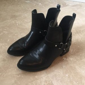 Forever 21 Black Ankle Boots Size 8
